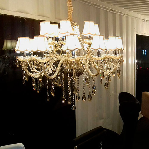 Lustre Maria Thereza Showroom