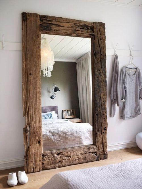 Espelho com moldura de madeira - Estilo Vintage